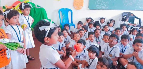 best_public_school_in_kerala_ Fruits And Vegetable Day (12)
