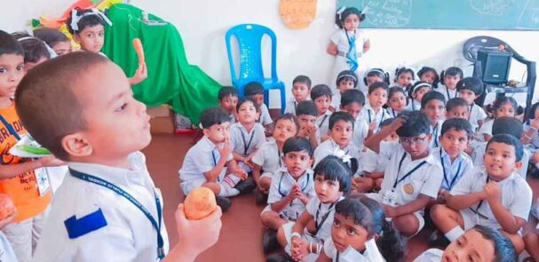 best_public_school_in_kerala_ Fruits And Vegetable Day (16)